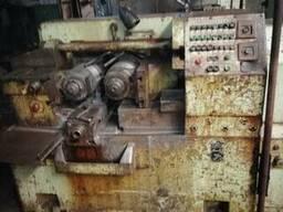 Dişli yuvarlama makinesi UPW 63