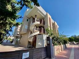 Продаётся двухэтажная квартира терс дублекс площадью 60м2 , расположенная в Коньяалты