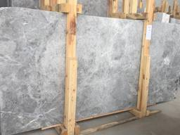 Tundra Silver Marble - Honed